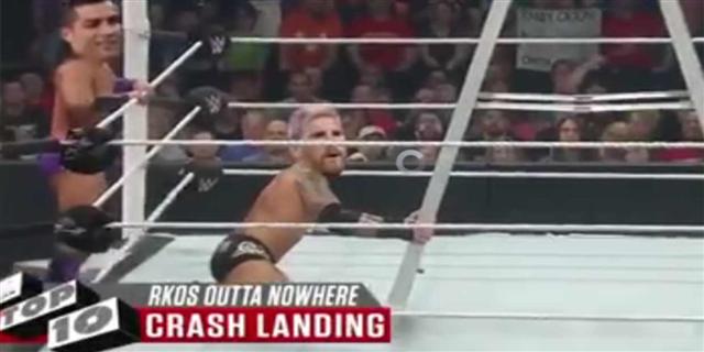 فيديو كوميدي.. الكلاسيكو على طريقة الـ WWE