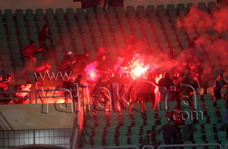احداث مباراة الاهلى والمصرى 1-2-2012