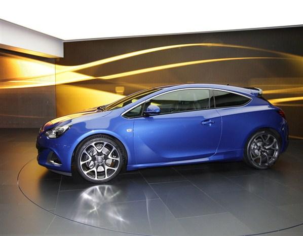 أقوى سيارات 2012