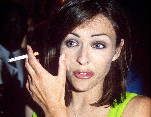 Catherine Zeta Jones Smoking Cigarettes