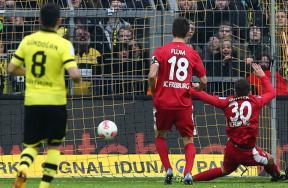 صور مباراة بروسيا دورتموند وفرايبرج