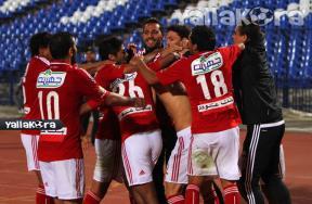 فرحة لاعبو الأهلى بالفوز على النصر