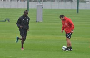 ماريو بالوتيلي في تدريبات ليفربول
