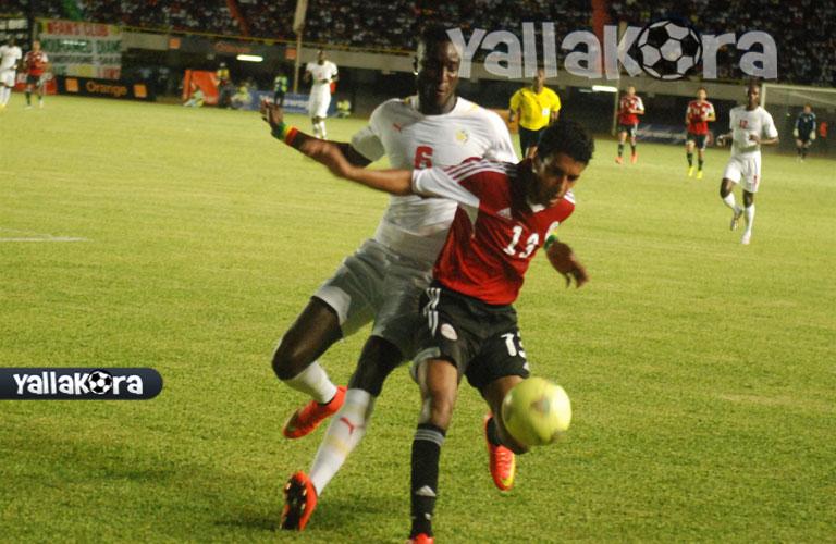 حيمودى ومراقبة لصيقة من لاعب السنغال