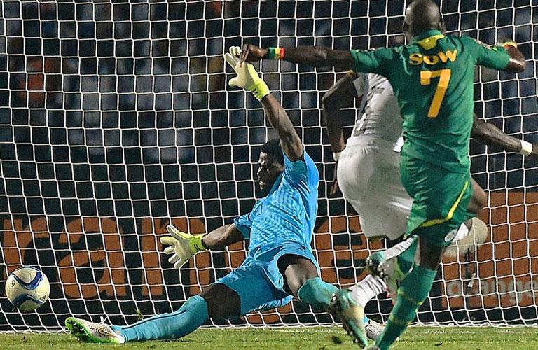 سو يحرز هدف السنغال القاتل فى مرمى غانا