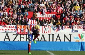أتلتيكو مدريد يقدم لاعبه توريس
