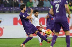 كواليس مباراة فيورنتينا وروما بمشاركة صلاح