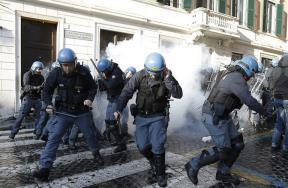 شغب جماهير فينوررد فى روما