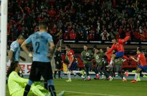 مباراة تشيلي وأوروجواي
