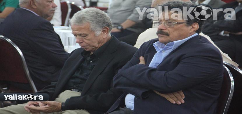 شطا وحسن حمدى فى عزاء احمد ماهر
