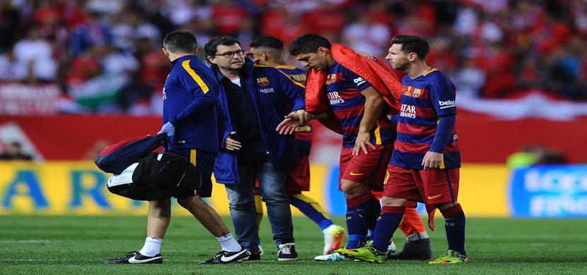 خروج سواريز مصابا من المباراة