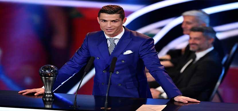 رونالدو افضل لاعب فى 2016