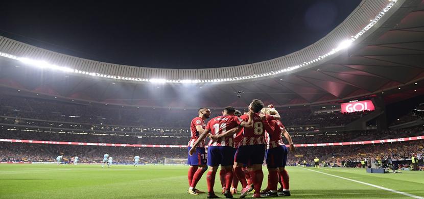 احتفال لاعبي اتلتيكو مدريد