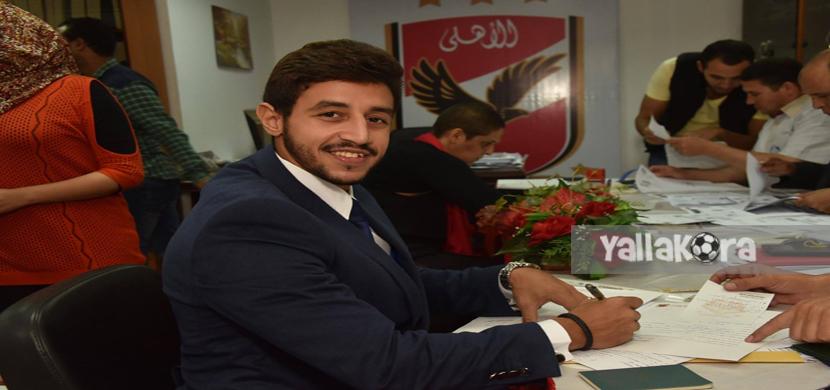 احمد مصطفى يتقدم باوراق ترشحه للإنتخابات