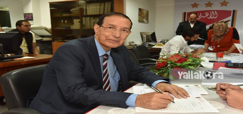 حمدي الكنيسي يتقدم باوراق ترشحه للإنتخابات