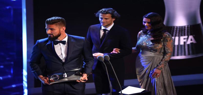 هدف جيرو يفوز بجائزة بوشكاش