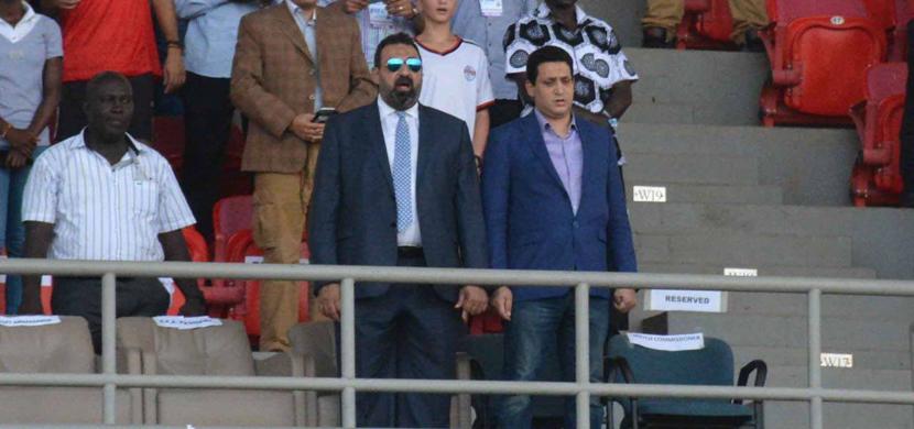 مجدى عبد الغني خلال إلقاء النشيد الوطني