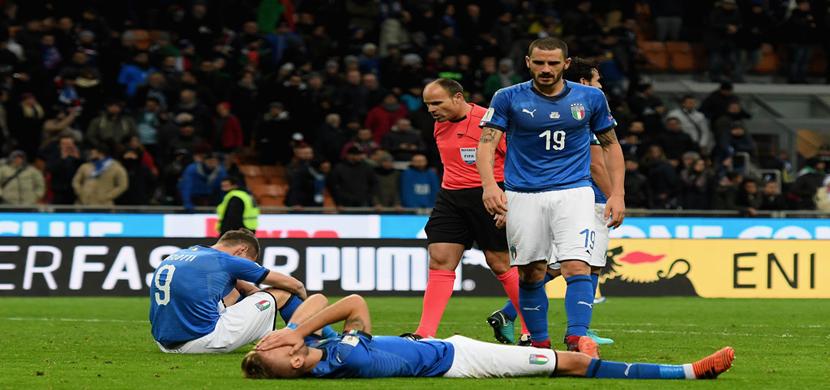 حزن لاعبي ايطاليا