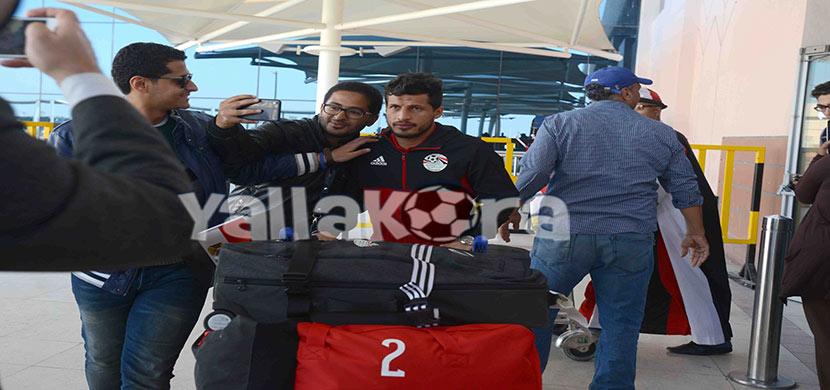 استقبال طارق حامد فى المطار
