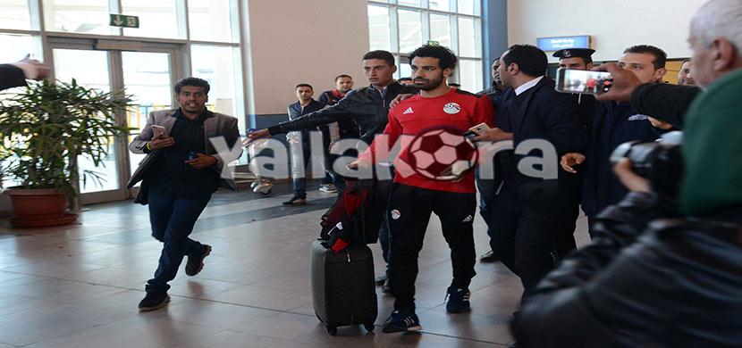 استقبال صلاح فى المطار