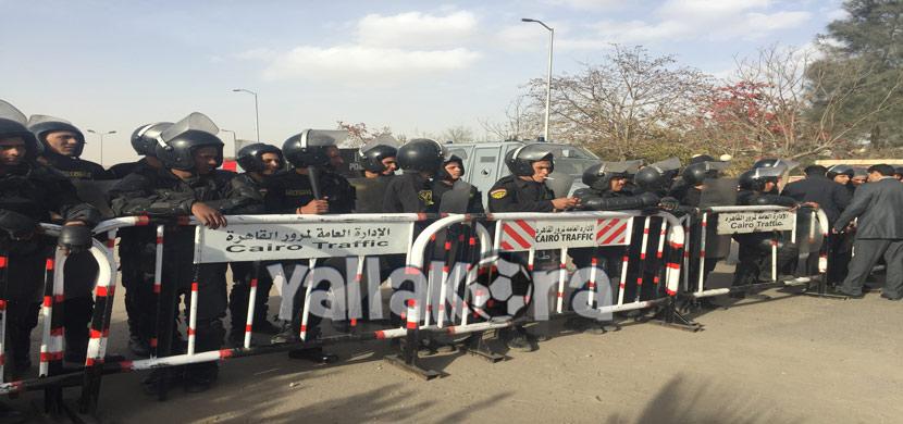 جماهير الأهلي أمام استاد السلام قبل لقاء بيدفيست
