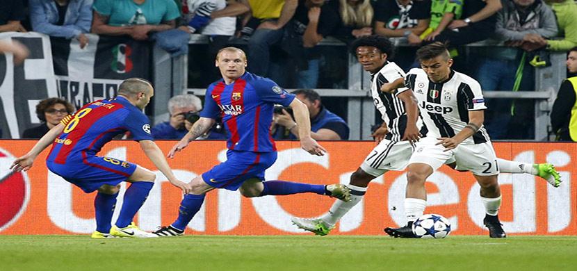 ديبالا يسدد على مرمى برشلونة