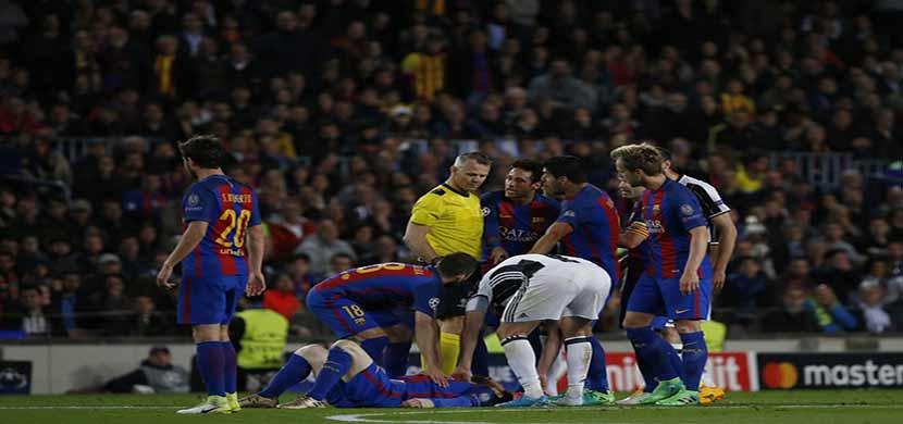 سقوط ميسي فى المباراة