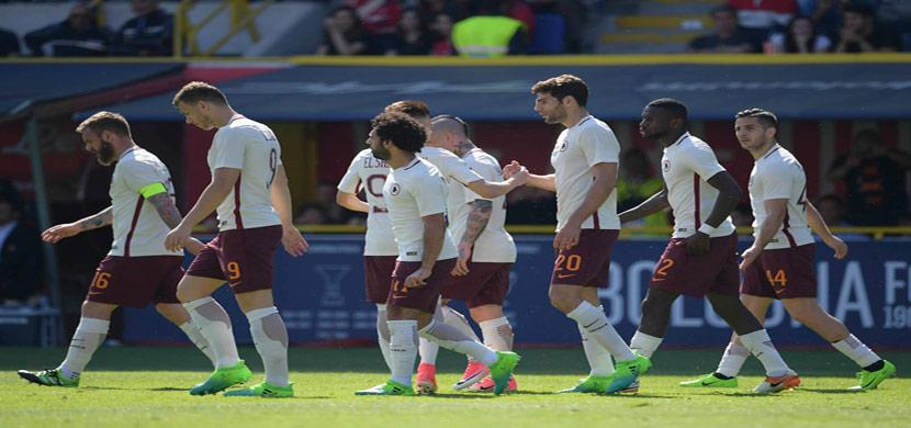 احتفال لاعبي روما فى المباراة