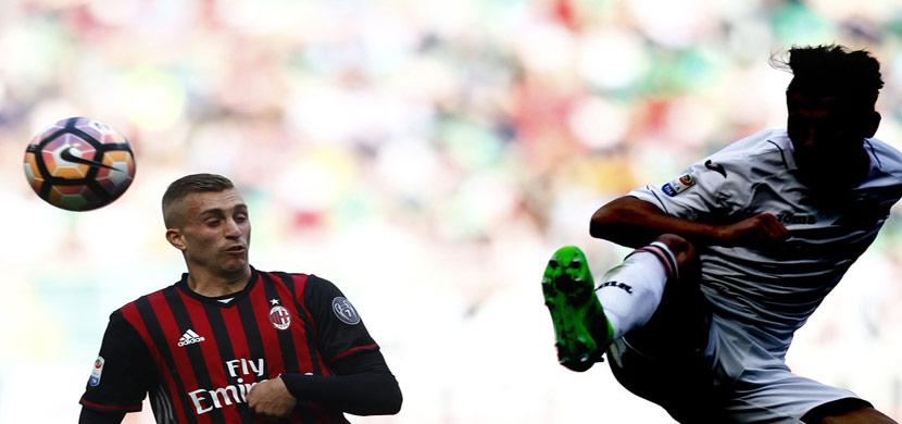 لقطة من مباراة ميلان وباليرمو