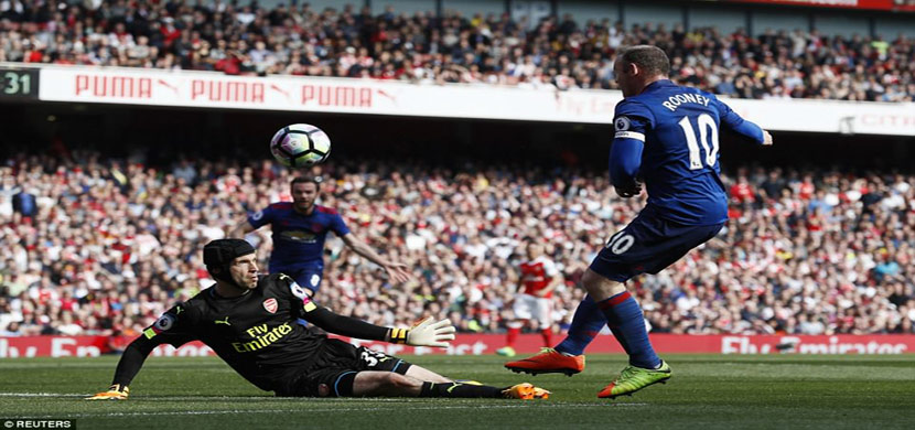 لقطة من مباراة ارسنال ومانشستر يونايتد