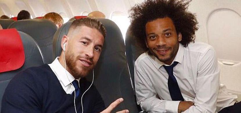 راموس ومارسيلو علي متن الطائرة