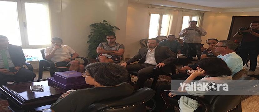 جلسة مرتضي منصور مع إيناسيو