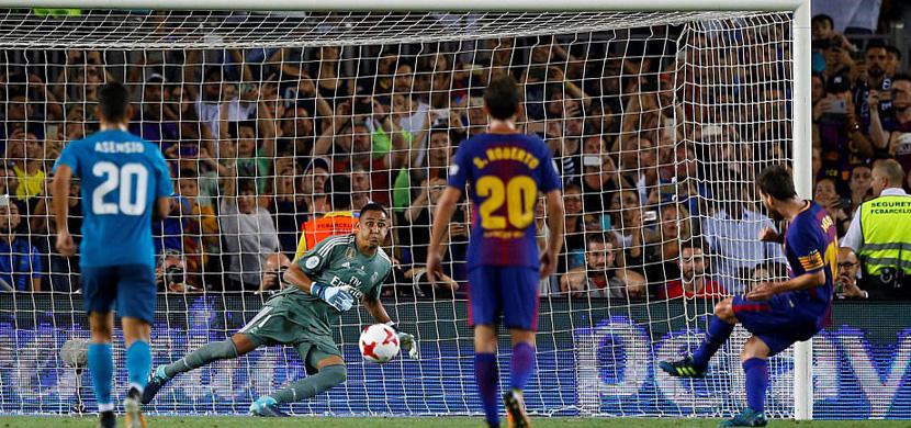 ميسي يسجل في مرمي ريال مدريد
