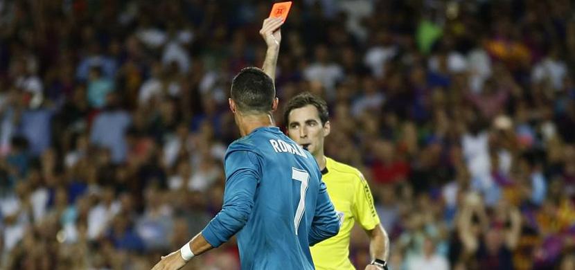 طرد رونالدو امام برشلونة
