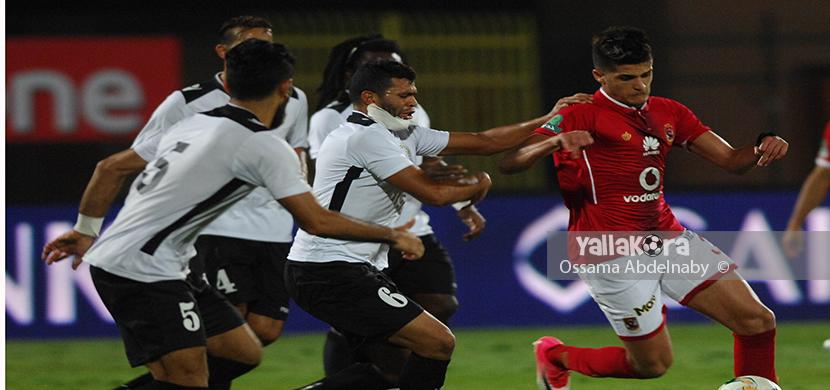 الشيخ يحاول المرور من لاعبي الجيش