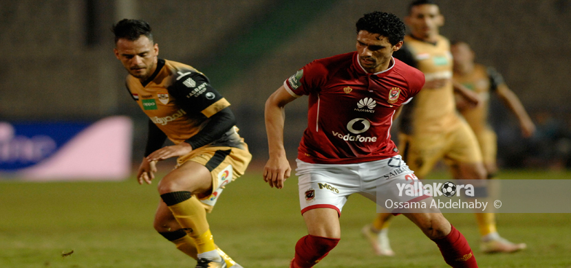 لقطة لمحمد نجيب فى المباراة
