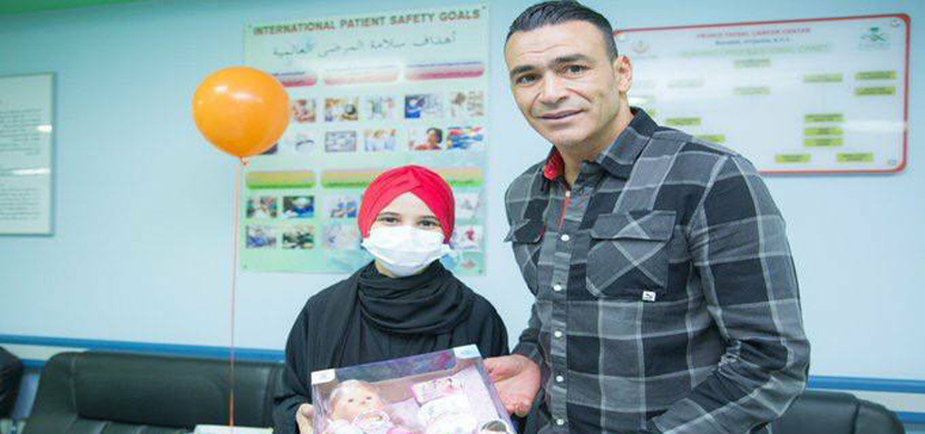 زيارة الحضري لمستشفي الأطفال بالسعودية