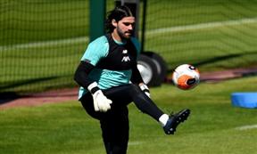 مران ليفربول استعدادا لعودة الدوري الإنجليزي