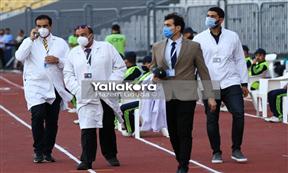 تكريم الأطباء ضمن أجواء مباراة المصري والزمالك