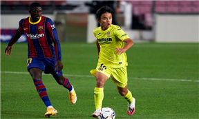 لقطات مباراة برشلونة وفياريال