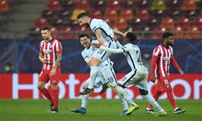 لقطات مباراة أتلتيكو مدريد وتشيلسي