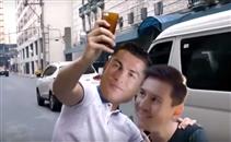فيديو كوميدي.. ميسي وكريستيانو أصدقاء خارج الملعب