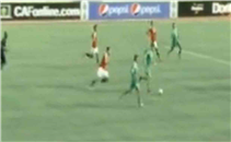 هدف الجزائر الأوليمبي الأول في مرمي مصر