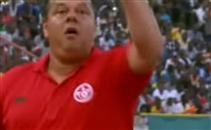 إنفعال مدرب تونس بسبب ضربة جزاء غير محتسبة