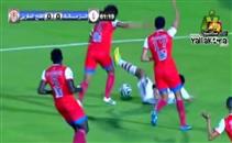 عمر جابر يطالب بضربة جزاء امام الفتح المغربي