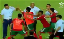 اشتباكات ومعركة حامية بمباراة المغرب وتونس