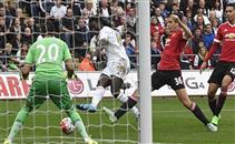 هدف سوانزي الثاني في مانشستر يونايتد