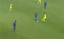 خطأ فادح من حسام غالي يمنح احد هدف