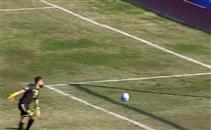 العارضة تمنع هدف من حارس المرمى باسيا