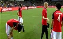 بكاء لاعبي مصر واحتفالات كاميرونية